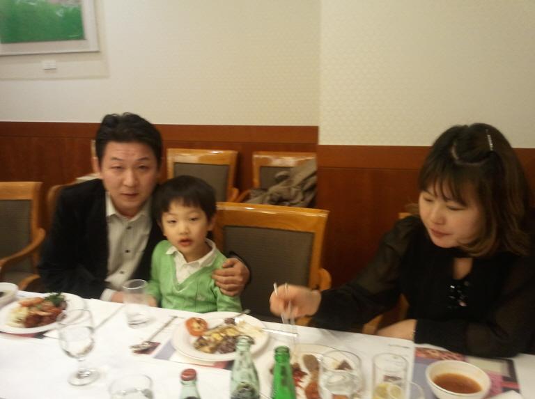 2011-11-25 19.33.59.jpg